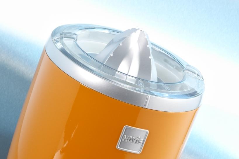 TEUFEL Prototypen fertigt für Sie Designmodelle mit High-End Finish wie z.B. Lackierungen.